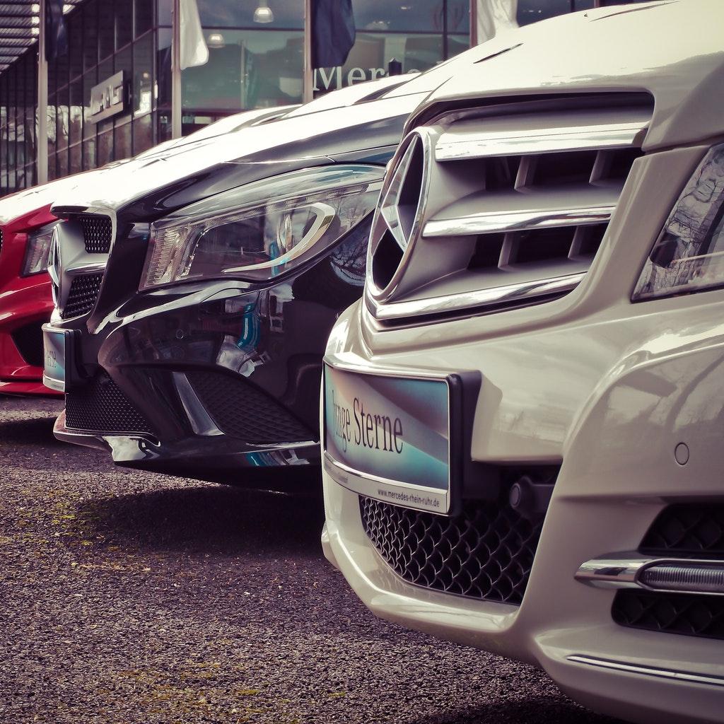 Riaprono le concessionarie automobilistiche