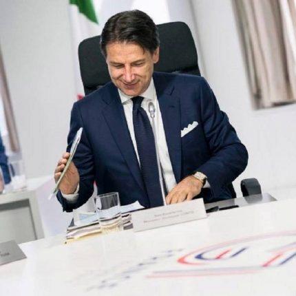 Conte soddisfatto del comportamento degli italiani