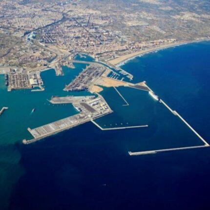 Porto di Valencia raggiunge obiettivi ambientali foto