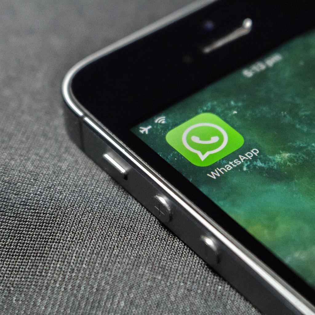 Room su WhatsApp per videochiamate con 50 persone