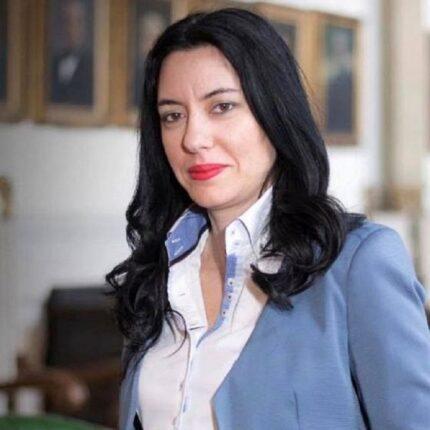 Lucia Azzolina sotto scorta