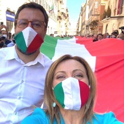 La destra manifesta a Roma per la festa della Repubblica