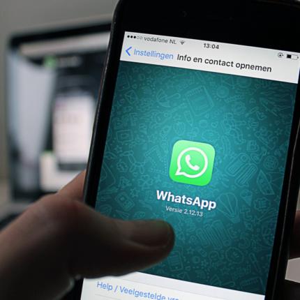 WhatsApp toglie ultimo accesso