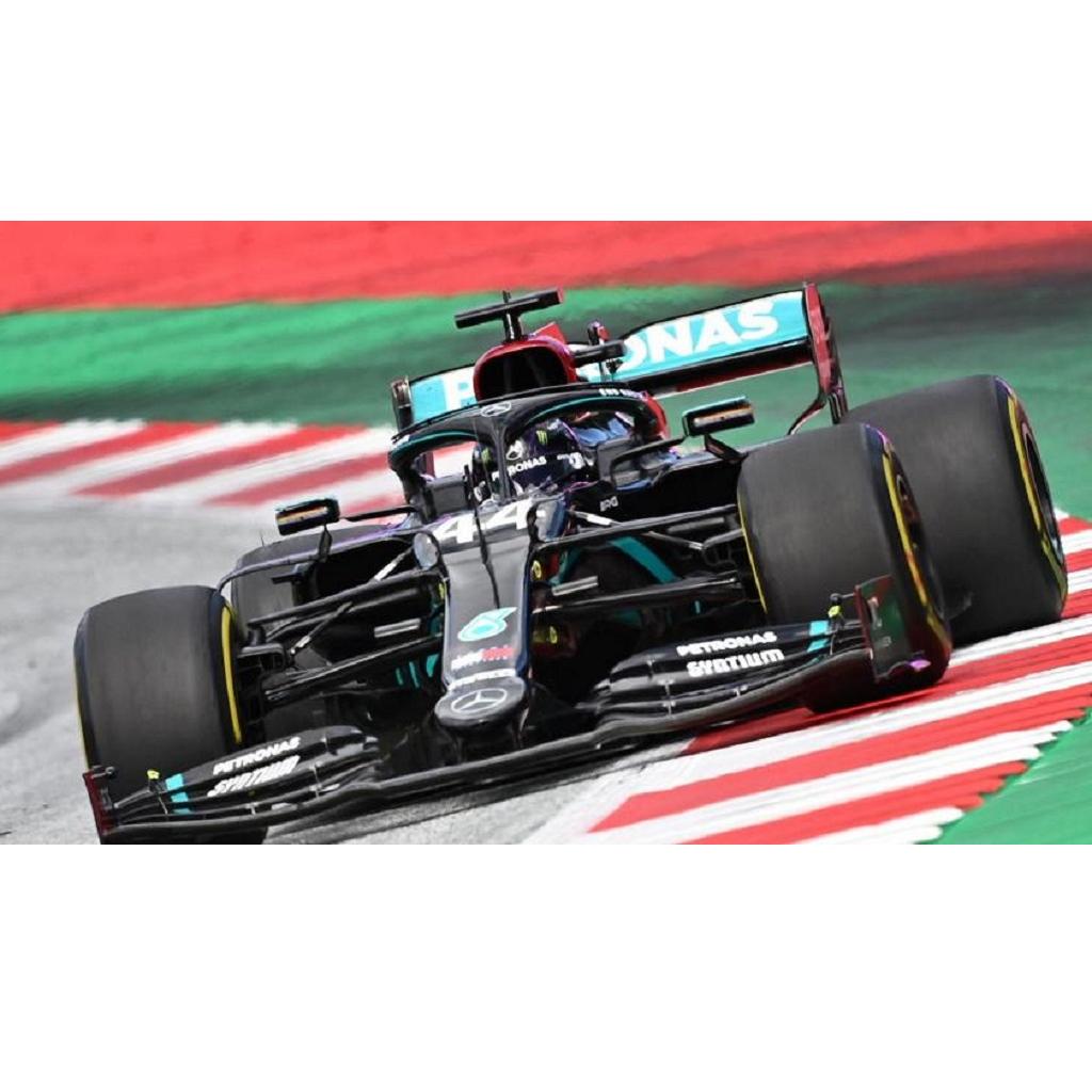 Lewis Hamilton vince il GP di Stiria. Ferrari out!