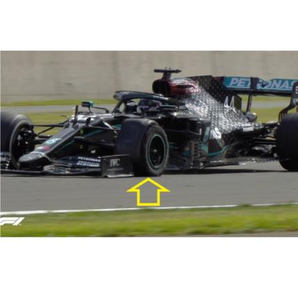 Hamilton vince a Silverstone con una gomma bucata