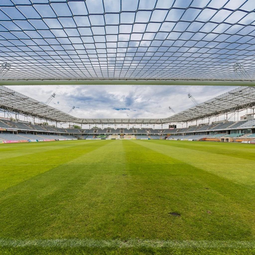 Calcio, quando torneranno i tifosi negli stadi?