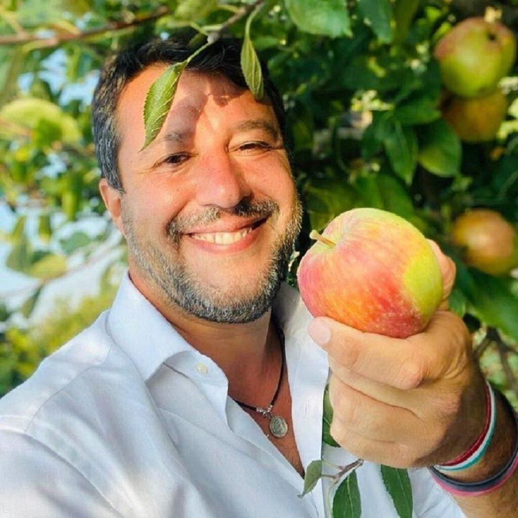 Matteo Salvini torna ad attaccare la Azzolina
