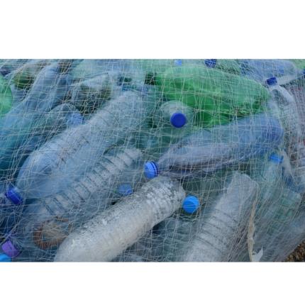 Allarme inquinamento plastica: parola agli ecologisti