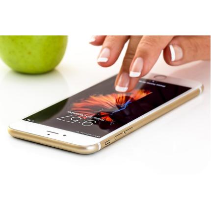Prezzi iPhone 12 Apple più bassi dei concorrenti? Le ultime indiscrezioni