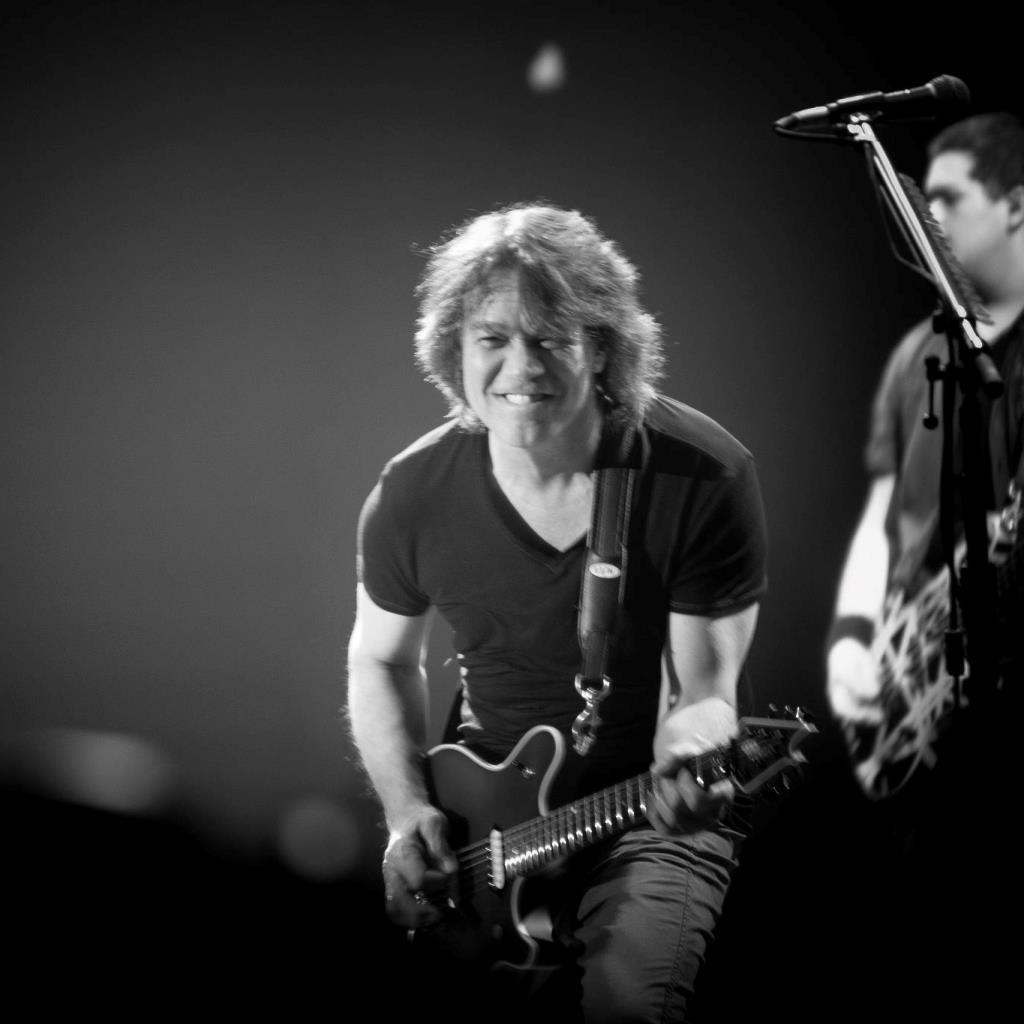 In morte di Eddie Van Halen gli omaggi foto