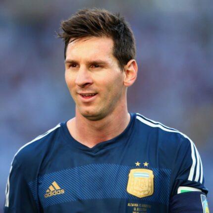 Lionel Messi potrebbe rimanere al Barcellona