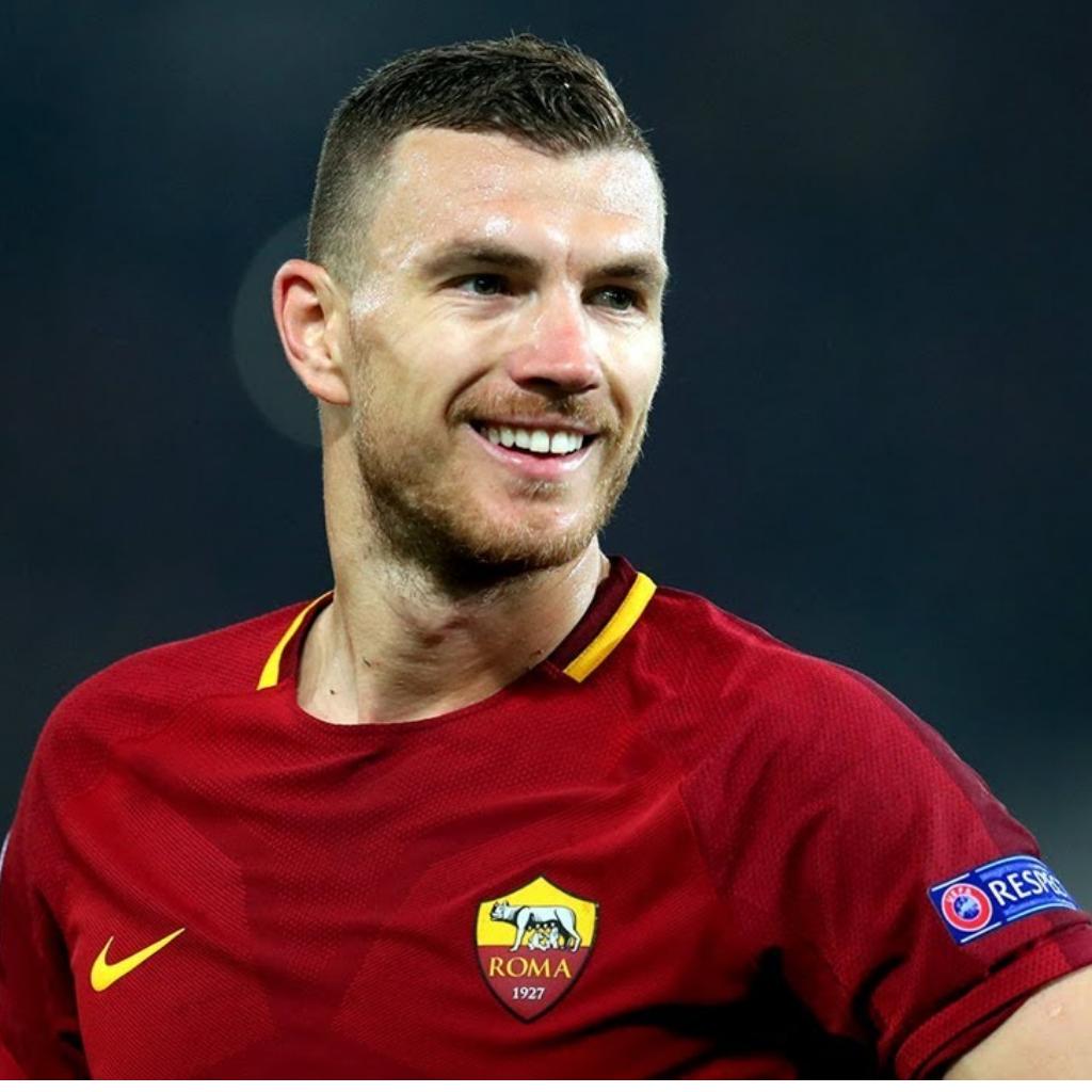 Roma, Dzeko vuole rimanere alla corte giallorossa. La situazione
