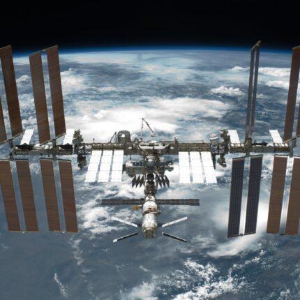 La Stazione Spaziale Internazionale Compie Vent'anni