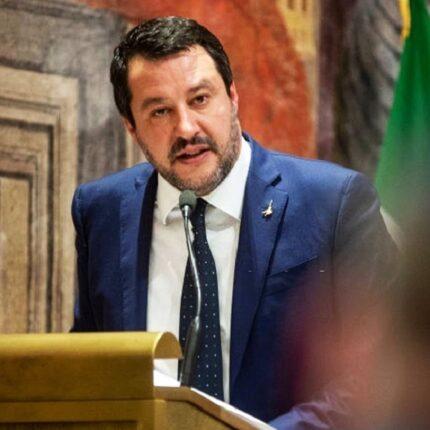 Salvini attacca ancora il governo sull'Iva