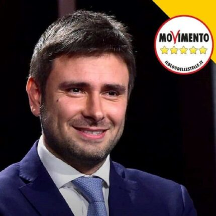 Di Battista dice no all'accordo con Forza Italia