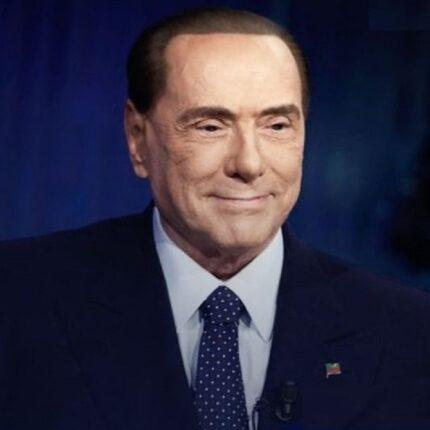 Berlusconi scrive al Corriere della sera