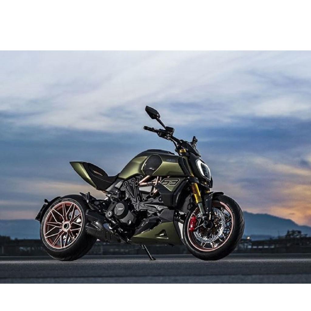 Ducati Diavel 1260 Lamborghini: la moto ispirata alla Sian