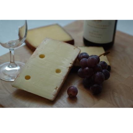 Vino e formaggio nella dieta aiutano a ridurre il declino cognitivo