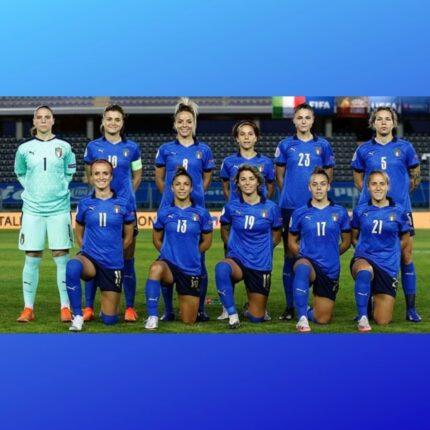 Azzurre in campo per Euro 2022