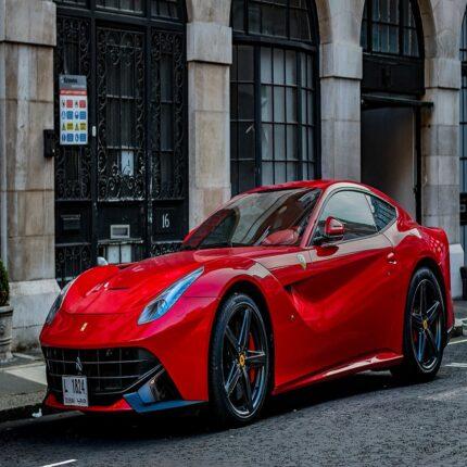 Ferrari di Marchetti distrutta