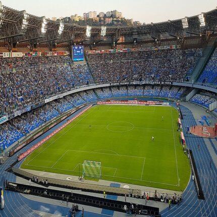 riapertura stadi mille tifosi