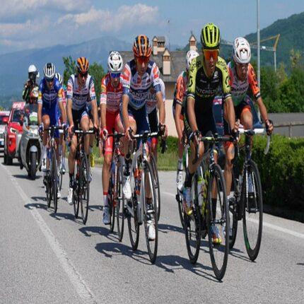 Giro d'Italia 2021, le wild card resta fuori l'Androni