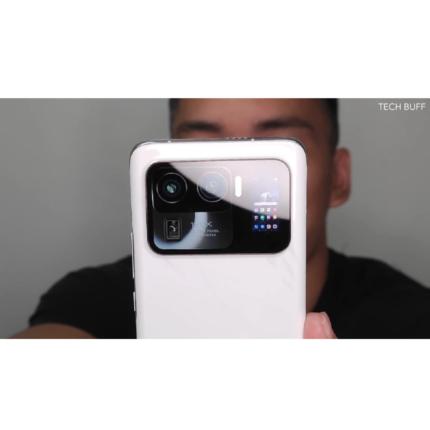 Xiaomi Mi 11 Ultra: fotocamera con zoom 120x e piccolo schermo secondario