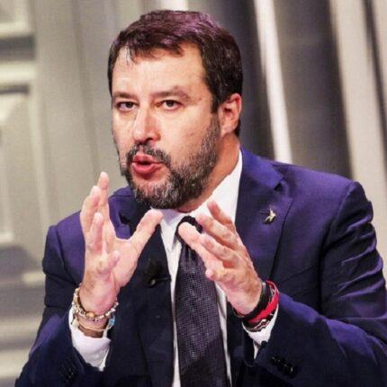 No alla Superlega da Salvini
