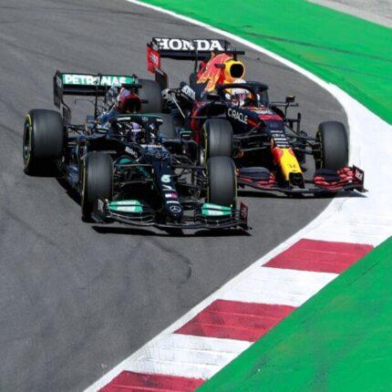 Lewis Hamilton vince il GP del Portogallo F1 avanti a Verstappen e Bottas