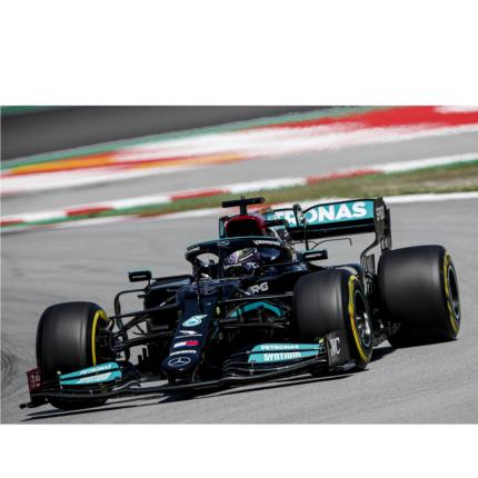 Lewis Hamilton vince un avvincente GP di Spagna, avanti a Verstappen. Bottas terzo e Leclerc quarto
