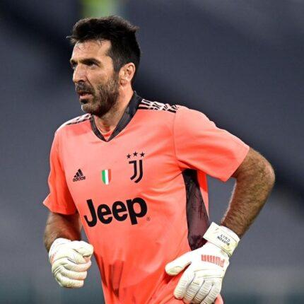 Buffon lascia la Juventus