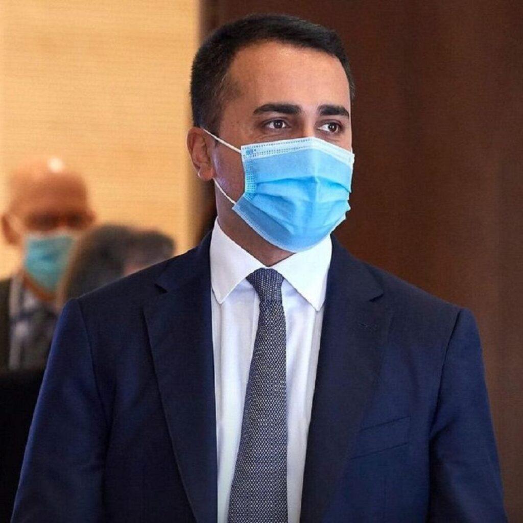 """Di Maio torna a parlare del salario minimo: """"Non è un'elemosina"""""""