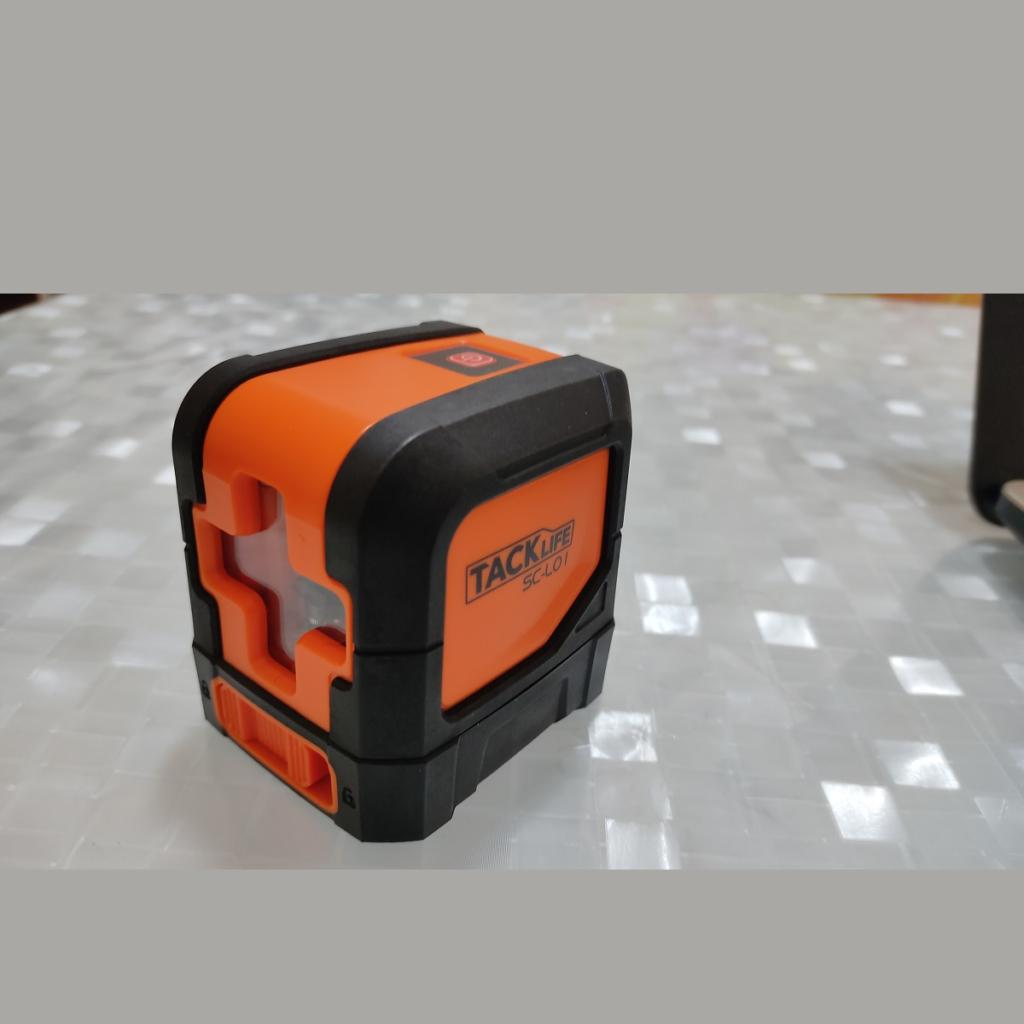 TACKLIFE SC L01: livella laser con raggio di funzionamento fino a 15 metri